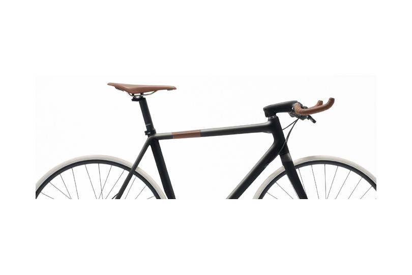 Vélo Carbone by Hermes